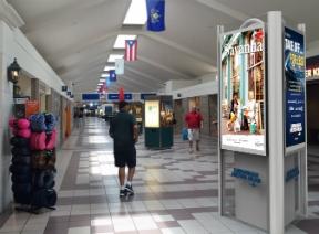 Digital displays by Nanov at Savannah Airport