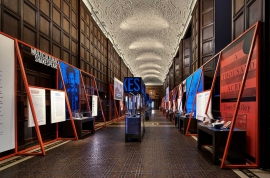 Folger exhibits image