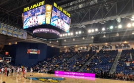Daktronics Delivers New LED Centerhung For University of Delaware