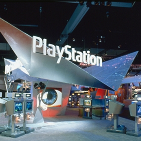 Sony PlayStation E3 2001 Exhibit, Sony Computer Entertainment America, Mauk Design