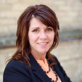 Beth Bentson is the VP of Strategic Accounts at DLC Lumisheet in Minneapolis-St. Paul.
