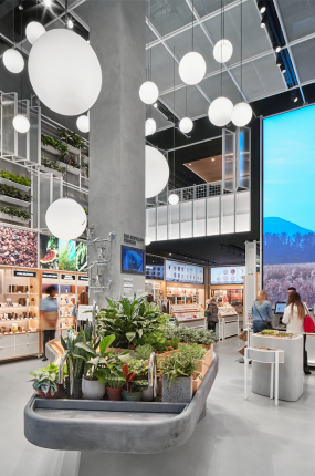 NanoLumens Help Innisfree Compete in New York (image: cosmetics store interior)