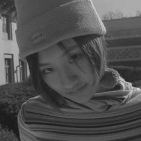 Meijie Hu