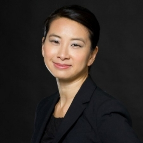 Rae Fox Lam, Entro