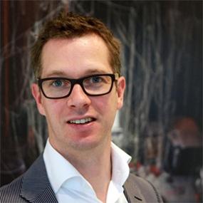 Headshot of Sander Baumann, designworkplan