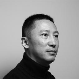 Yi Zhang, 张怡