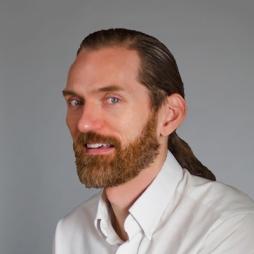Darrin Hunter is the Founder of Dish Design in Cincinnati