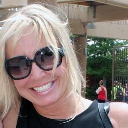 Jonda Baldwin is a Marketing Administrator at Plaskolite in Columbus, OH.
