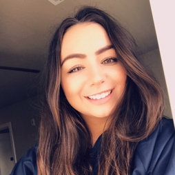 Kirsten Keeney headshot