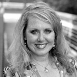 Pamela Abeyta, Principal Valiant