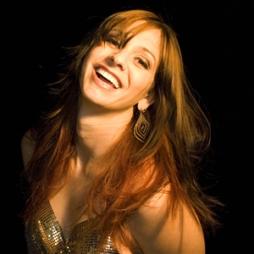 Wendy Colonna is a Singer Songwriter in Austin Texas