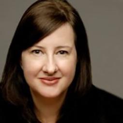 Ashley Arhart Headshot