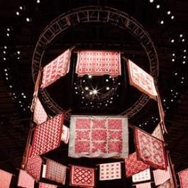 Infinite Variety: Three Centuries Of Red And White Quilts, American Folk Art Museum, Thinc Design