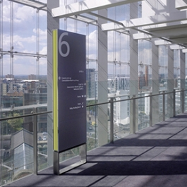 Manchester Civil Justice Centre Signage, Emerystudio